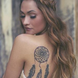 Tatouage attrape-rêve - un dessin de peau mystique et spirituel présenté en 50 photos