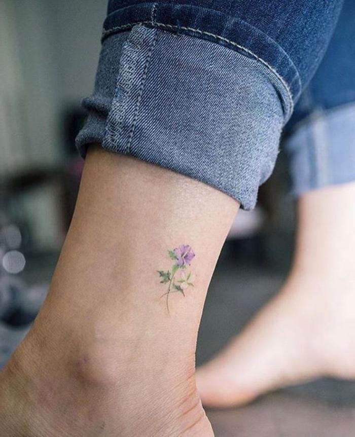 dessin tatouage fleur dessin tatouage fleur with dessin tatouage fleur beautiful fleur tribal. Black Bedroom Furniture Sets. Home Design Ideas
