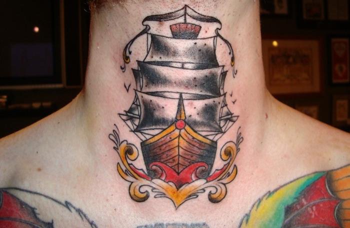 tatouage au cou bateau voiles couleurs old school tattoo gorge homme