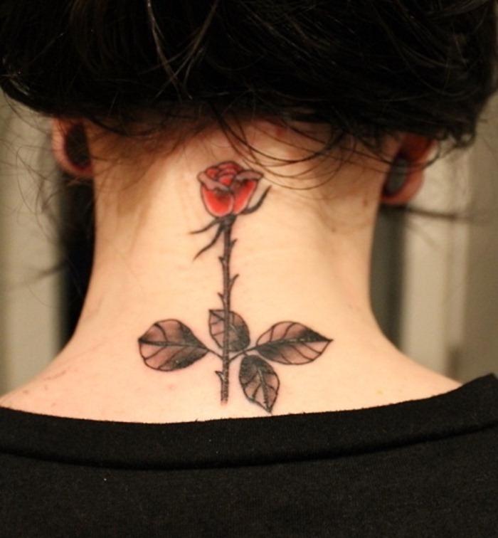 tattoo nuque feminin tatouage rose dans le cou femme idée modele tatouages