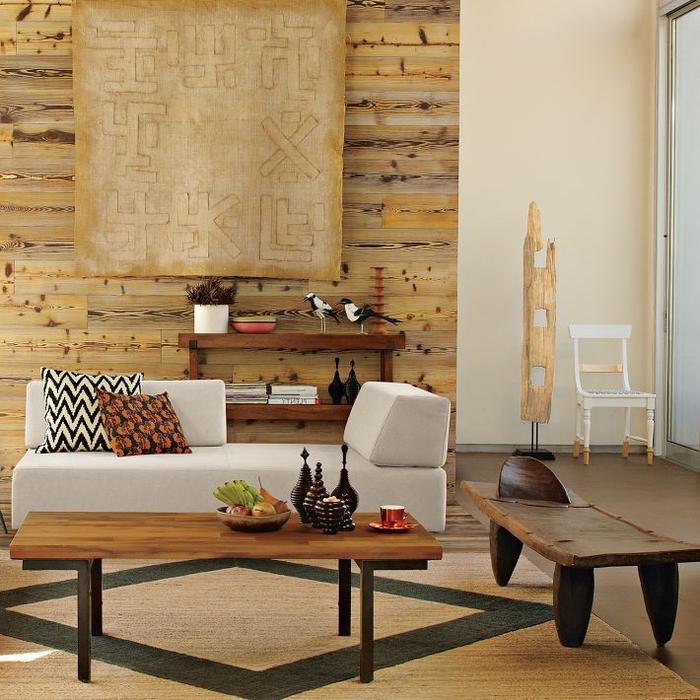 salon ethnique chic qui associe l'aspect contemporain du mobilier avec l'ambiance ethnique
