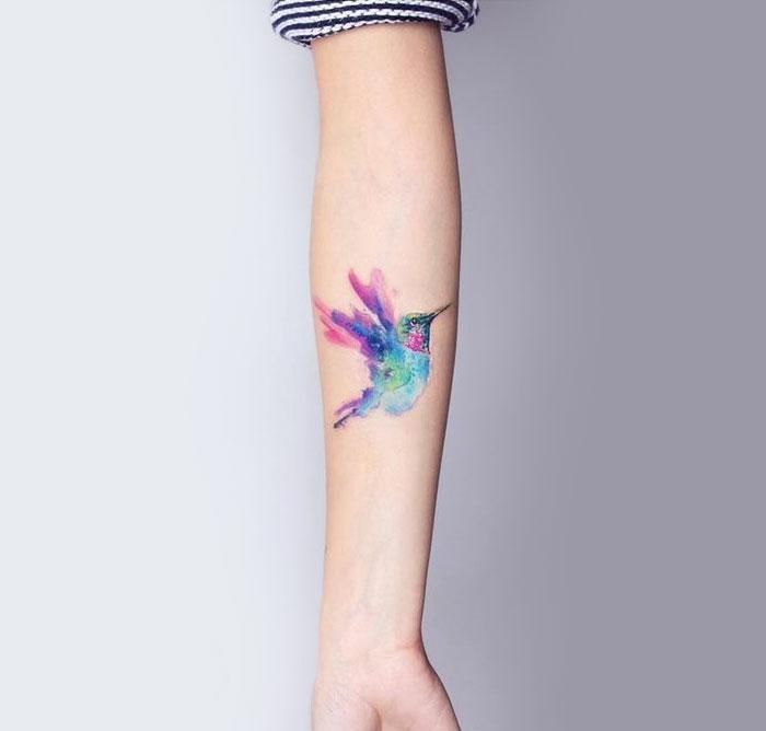 Beaux tatouages idee de tatouage pour femme idee oiseaux coloré