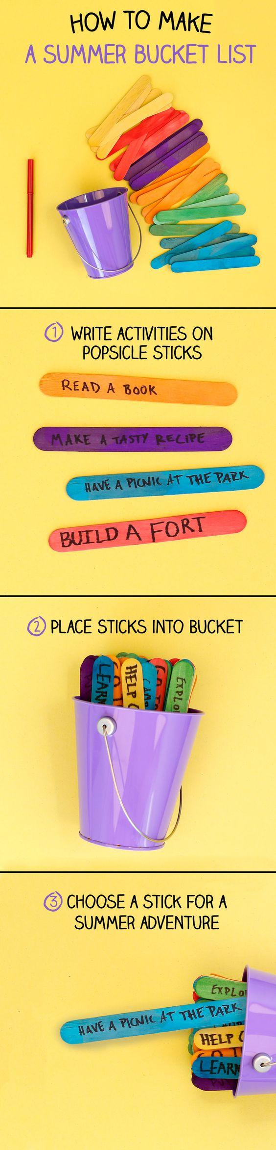 créer une liste d activités été, écrits sur des batonents de glace multicolores, tutoriel, bricolage enfant, activité manuelle primaire été