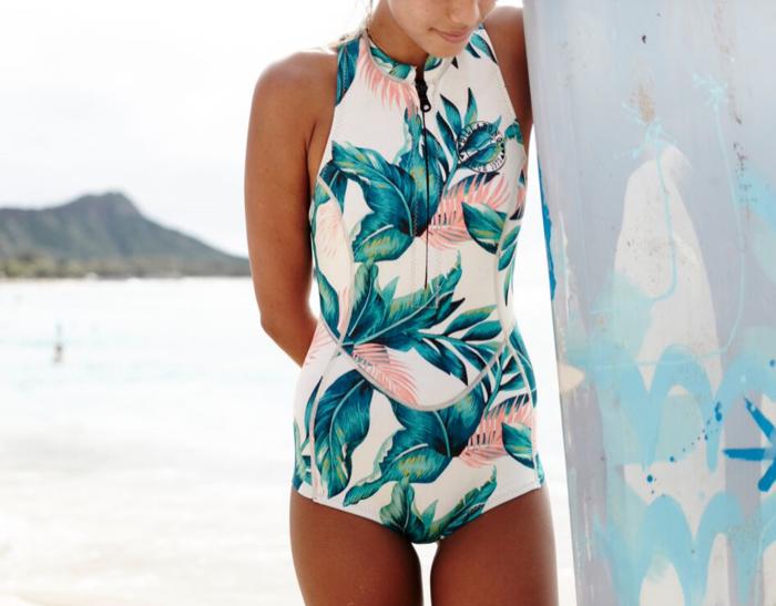 Maillot de bain une pièce tendance pour surf joli imprimé