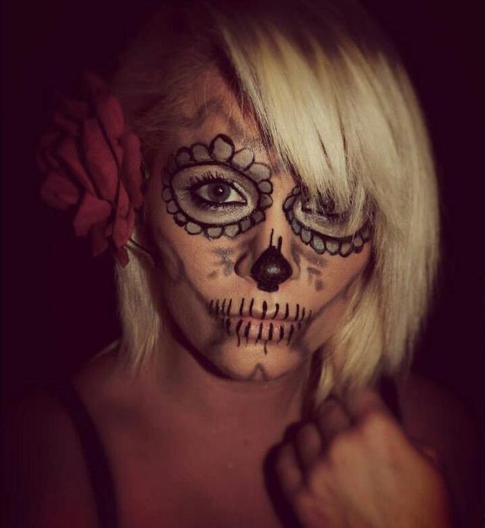 maquillage de tete de mort squelette femme jour des morts