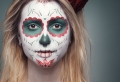 Maquillage squelette mexicain – l'art du candy skull