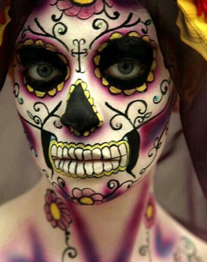 maquillage dia de los muertos tete de mort en couleurs fete calavera