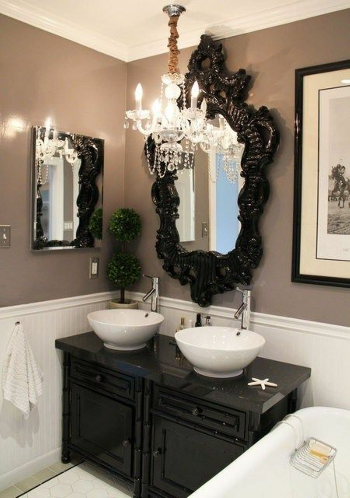 meuble style baroque pour la salle de bain deux vasques blanches forme ronde miroir au cadre noir