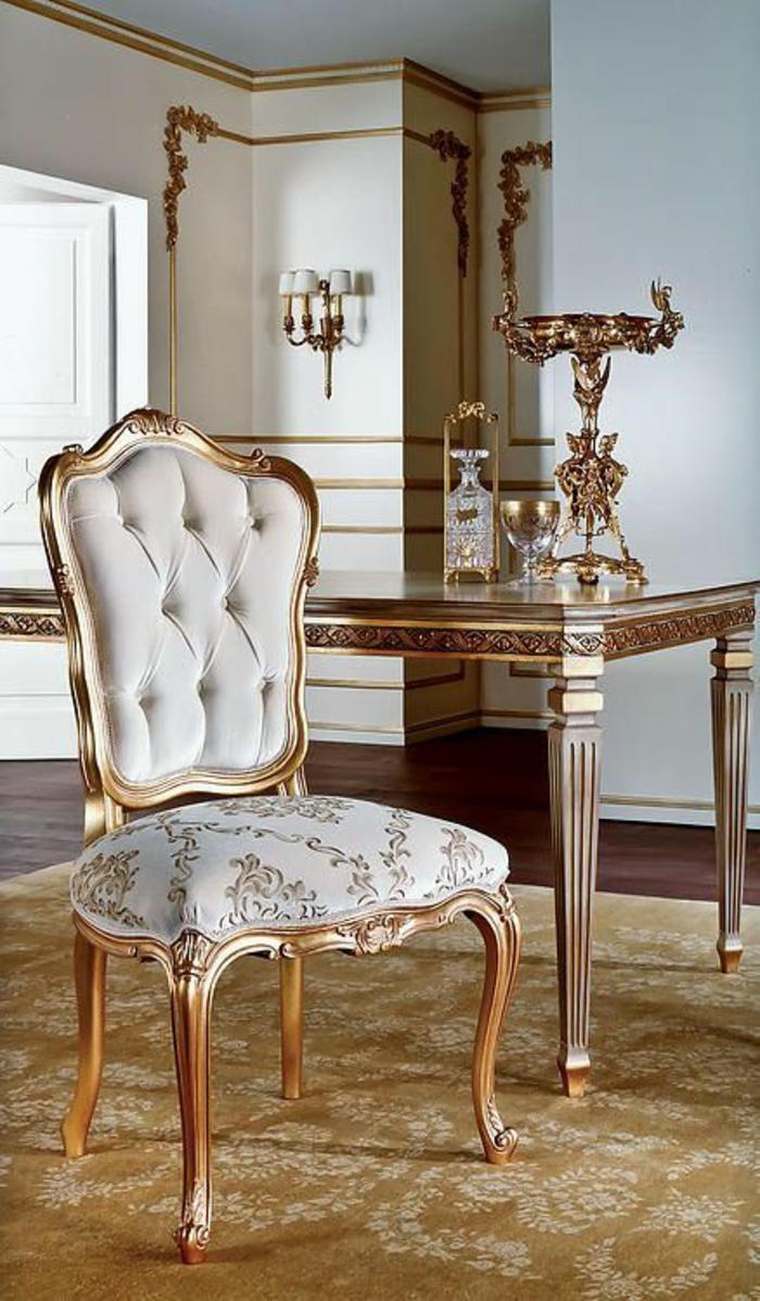 meubles baroque chaise en blanc sans accoudoirs avec une grande table rectangulaire