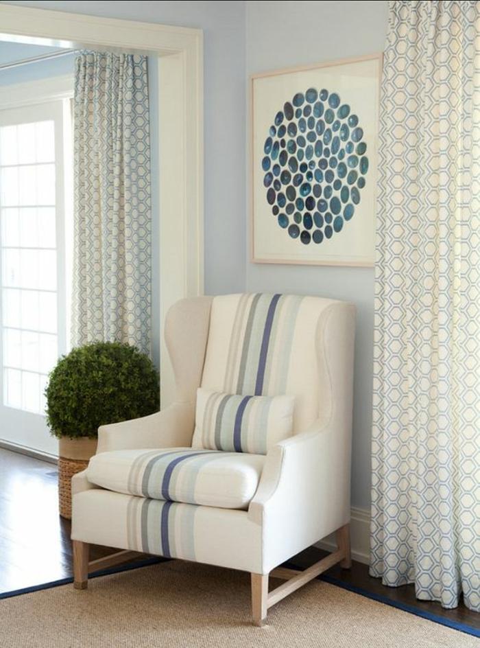 baroque mobilier fauteuil en blanc avec tableau carré avec des éléments graphiques bleus
