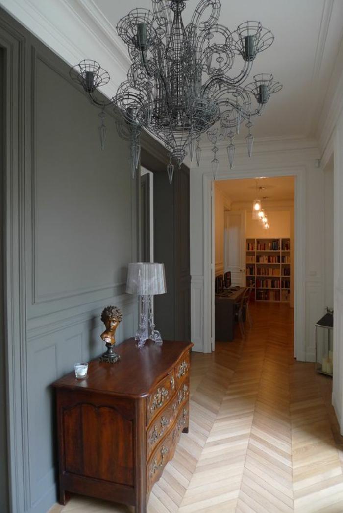 meuble baroc entrée grande perspective couloir long