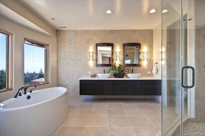 salle de bain moderne, éclairage led, miroir avec cadre en bois, dallage beige, cabine de douche