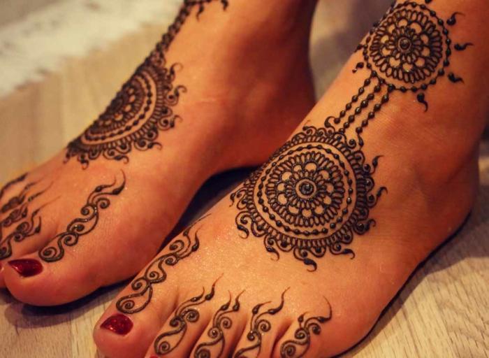 modele henné, tatouage temporel mandalas énergétisantes et symboliques