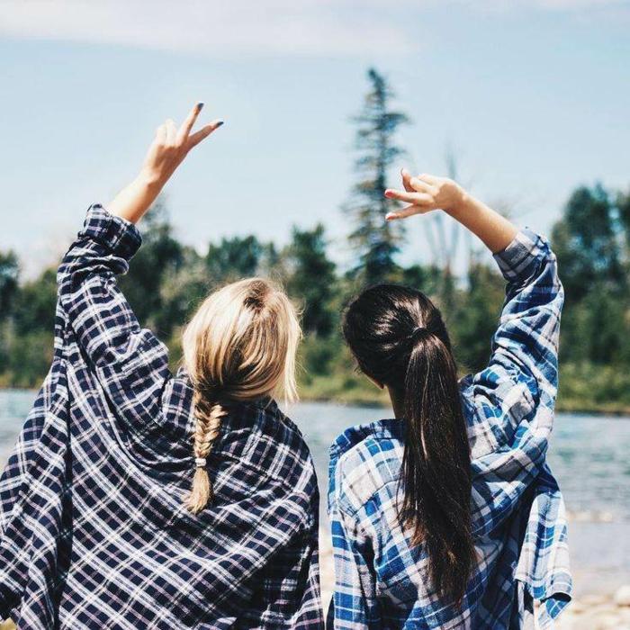 Idée de tenue pour la rentrée tenue rentrée lycée amies