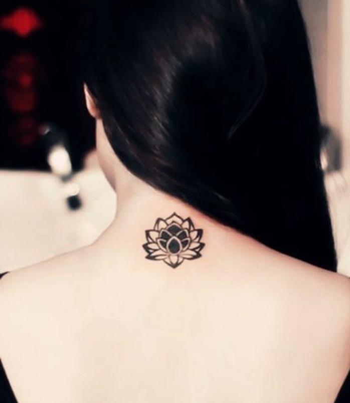Tatouage Femme Elegant 3dliveproject