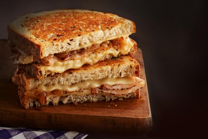 comment manger équilibré, toast, recette facile, idée petit déjeuner, manger sainement
