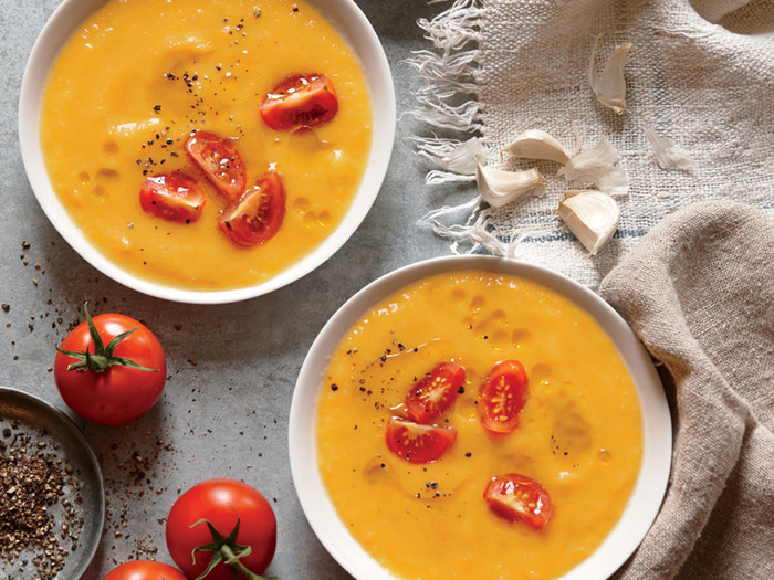 recette de velouté de tomates jaunes, soupe froide façon gaspacho jaune
