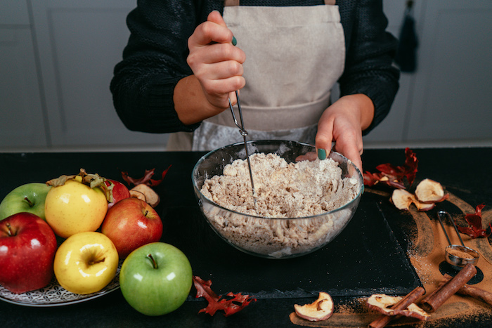 repas équilibré pour le petit dejeuner et le dessert, faire un repas léger pour dessert sans gluten, tarte aux pommes facile
