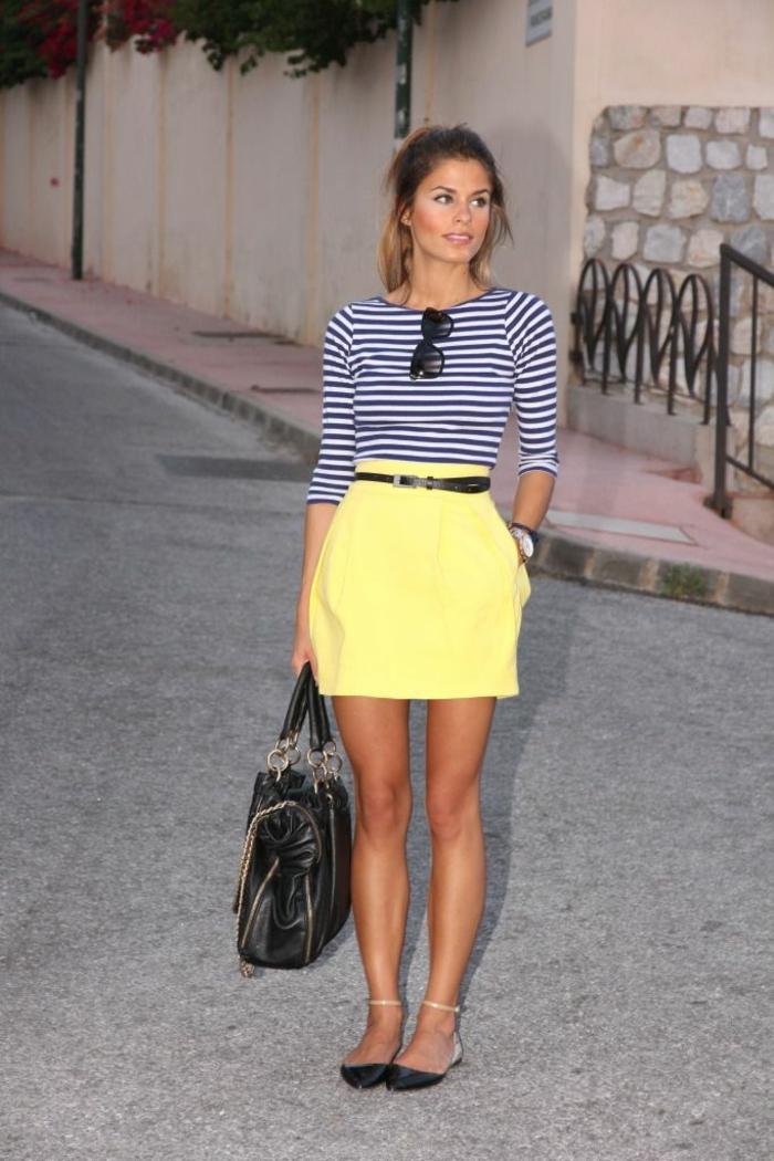 Tenue idée pour s habiller femme comment s habiller jupe jaune