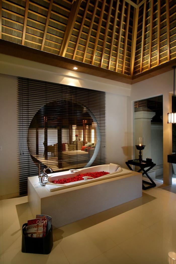 Stunning fenetre salle de bain bois ideas design trends for Fenetre salle de bain