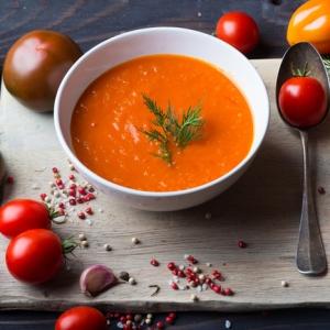 10 soupes froides inspirées par la recette de gaspacho classique