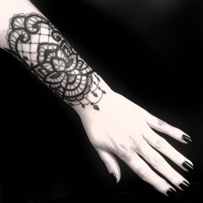 Exceptionnel ▷ 1001 + idées de tatouage dentelle impressionnant RB87