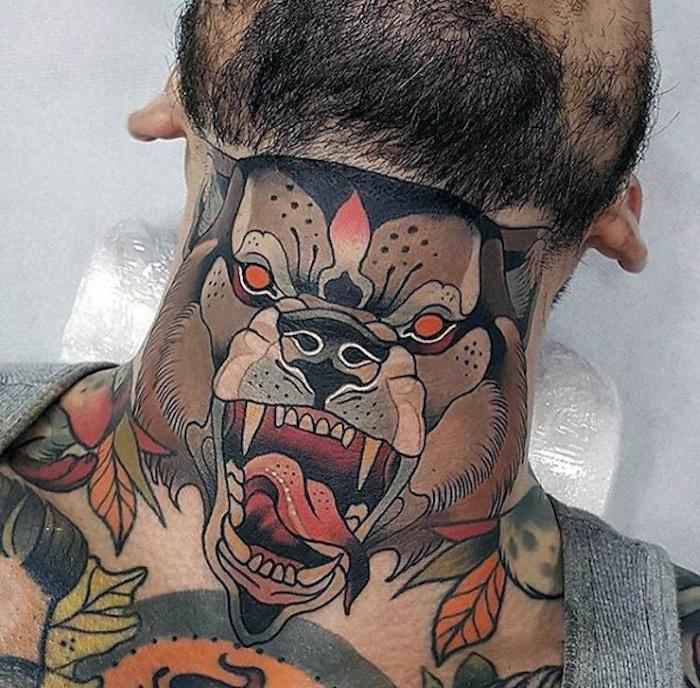 idée tatouage au cou homme tete de chien ours loup couleurs dans la nuque
