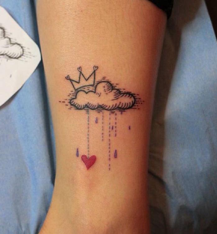 1001 id es tatouage nuage des id es comme s 39 il en pleuvait. Black Bedroom Furniture Sets. Home Design Ideas