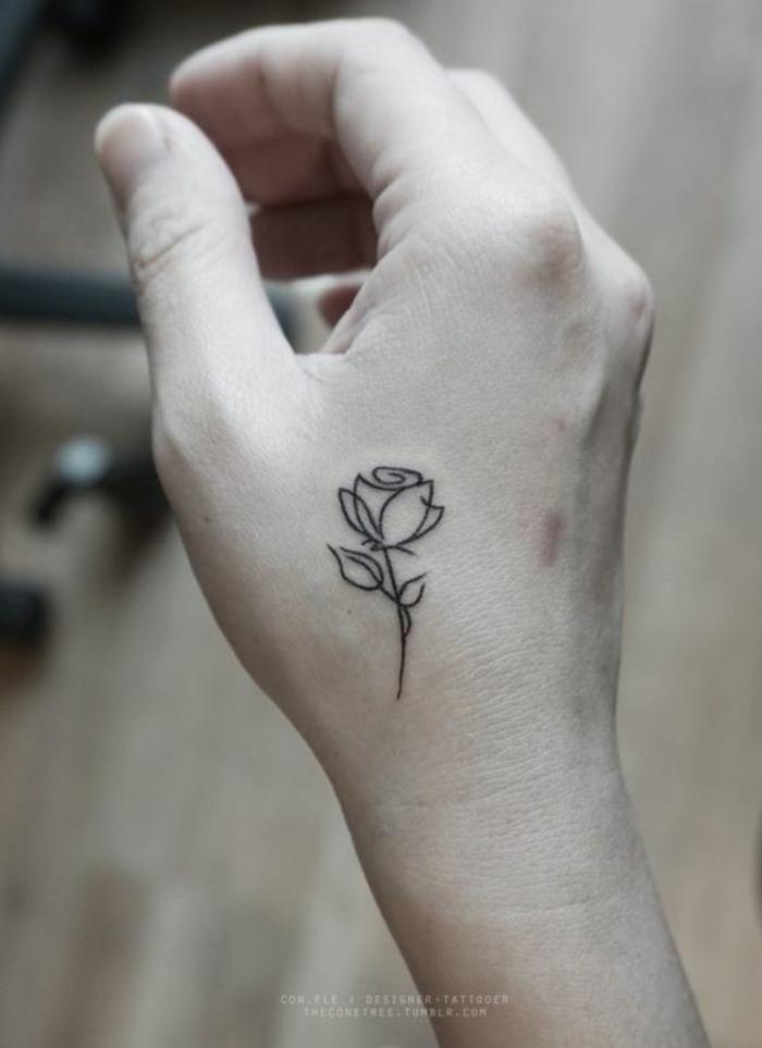 Magnifique rose géométrique tatou simple fleur tatouage