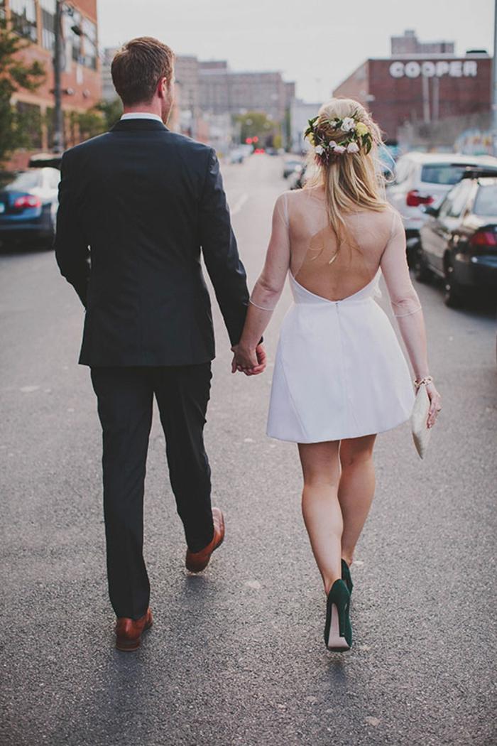 Choisir la plus belle robe mariée boheme dentelle robe mariée manche dentelle robe courte chaussures à talon