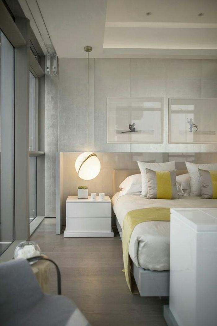chambre design en jaune et blanc avec faux plafond illuminé luminaire boule lumineuse