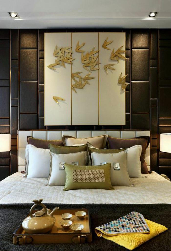Excellent Idee Deco Chambre Lit Zen Tapisserie En Marron