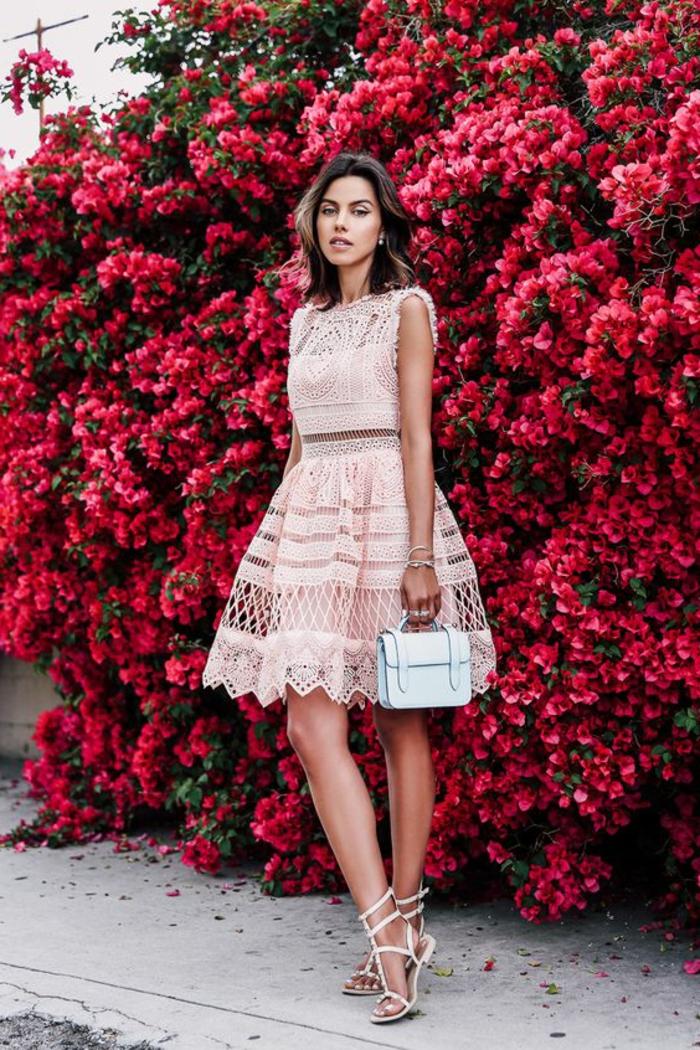 Adorable tenue classe pour femme stylée cool idée comment s habiller robe deux pièces dentelle rose