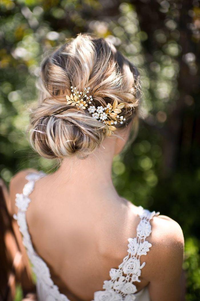 chignon marriage, balayage californien, bijoux cheveux marriage, coupe de cheveux longs