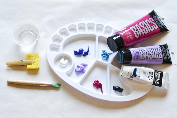un bricolage enfant facile et amusant avec galets décoratifs, des galets galaxie aimantés pour la fête des père