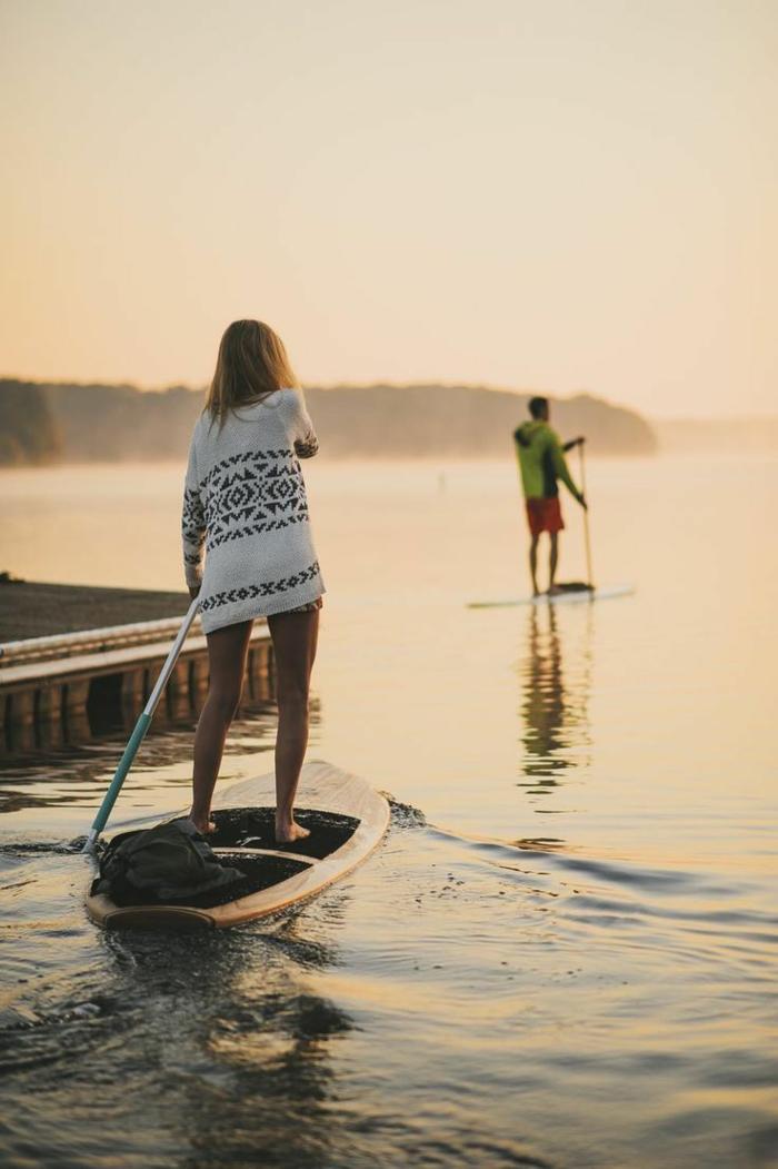 Les hippies aujourd hui vetement hippie femme tenue surf life belle photo
