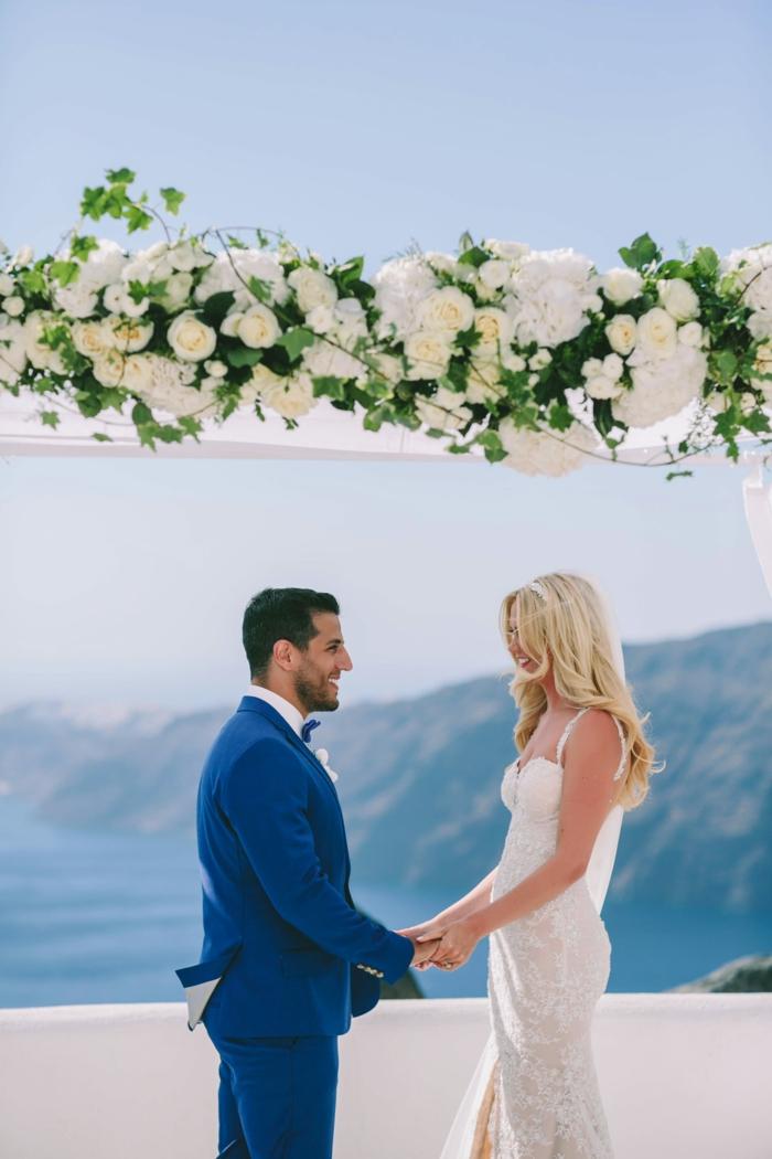 Belle robe de mariée robe de mariée longue dentelle robe marier au bord de la mer mariage santorin