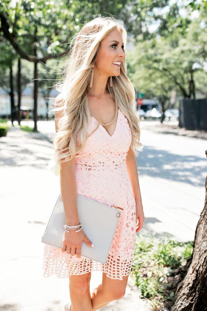 Robe courte rose pour mariage les tendances de la mode for Devinez des robes pour le mariage