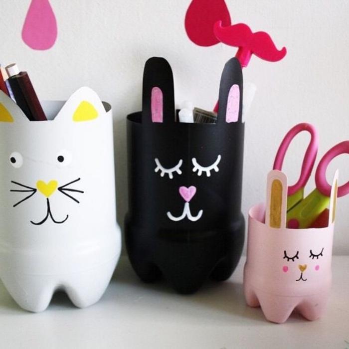 pot a crayon diy, que faire avec des bouteilles en plastique, transformation tête de chat mignon, astuce rangement bureau, bricolage rentrée