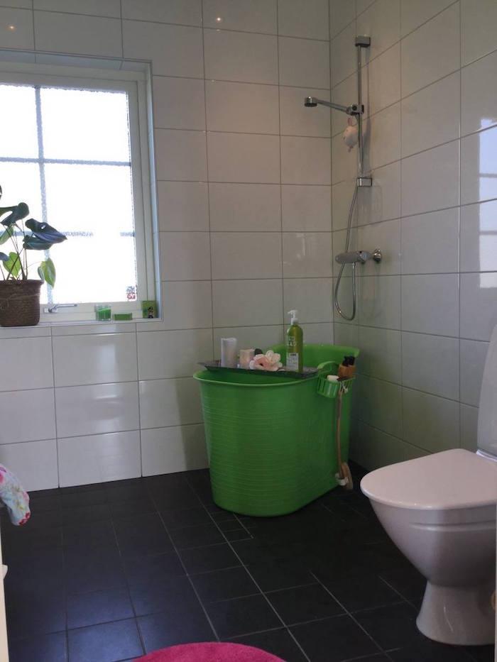 bac en métal pour douche et mini baignoire pour enfant