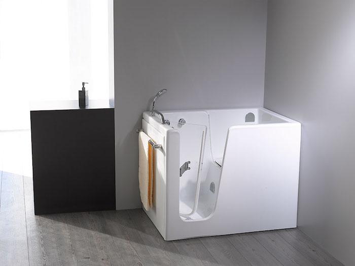 baignoire angle 110x110 carrée design avec porte et siege bac pratique