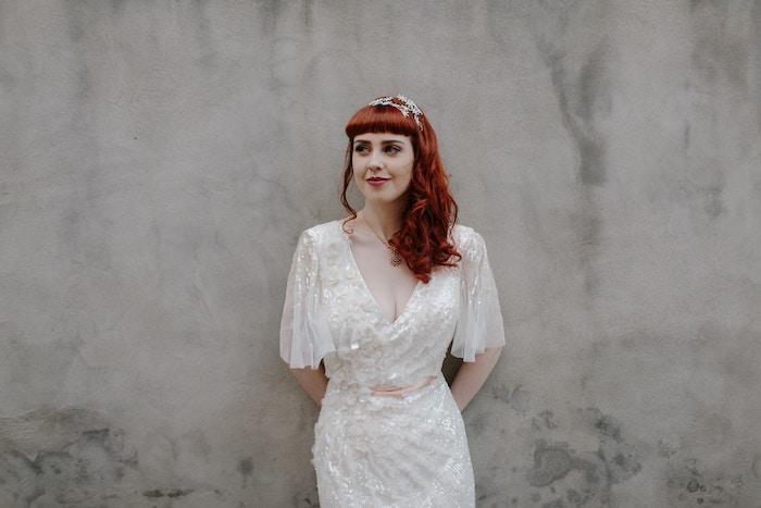 accessoire cheveux marriage, couleur de cheveux rouge cuivré, diadème en cristaux