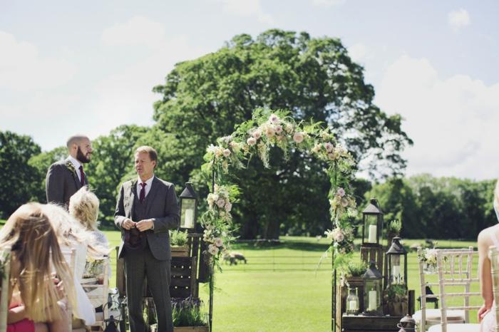Création florale déco fleur mariage arche mariage laique fleurs déco