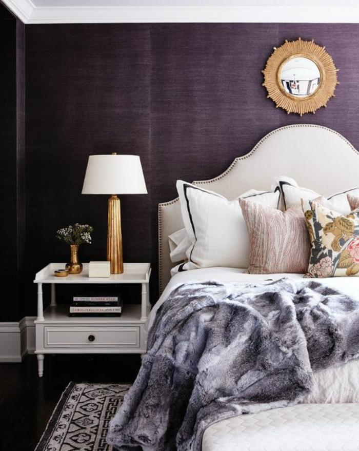 Mur couleur aubergine meilleures images d 39 inspiration pour votre design de maison for Peinture couleur aubergine