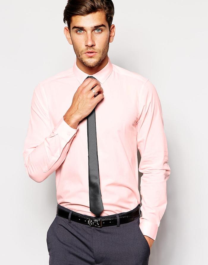 chemise homme de marque luxe rose clair avec costume
