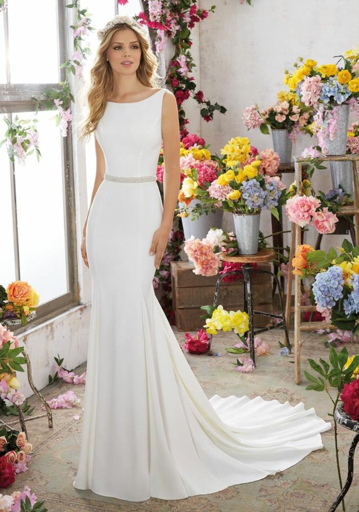 Ravissanterobe de mariée avec manche robe de mariee classique robe sans dentelle robe de mariage simple