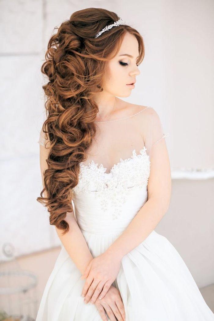 accessoire cheveux marriage, couleur de cheveux nuance cuivre, diadème en cristaux