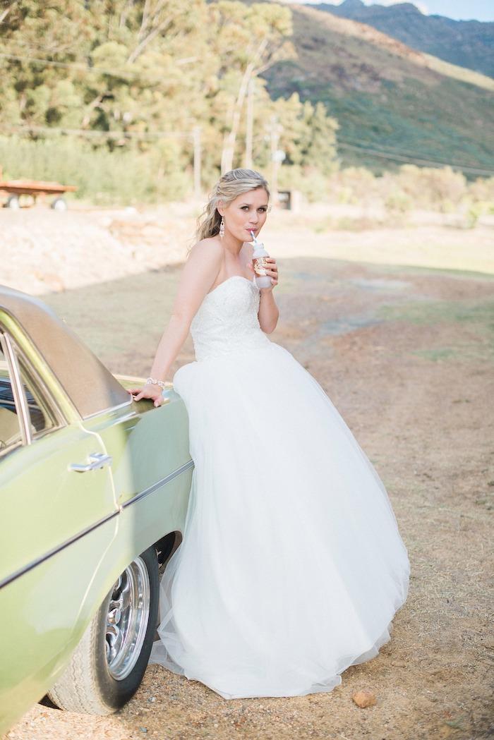 modele de coiffure, bracelet femme, balayage californien, cheveux mi attachés, coiffure de mariage