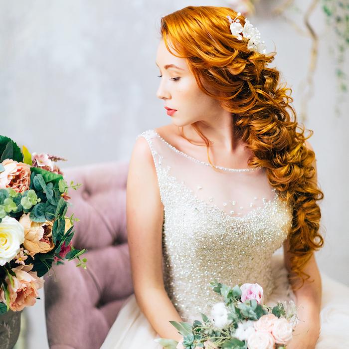 modele de coiffure, cheveux longs, couleur de cheveux orange, accessoire cheveux marriage