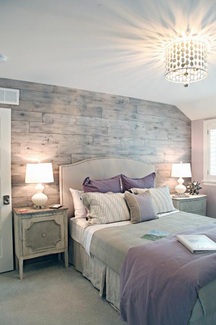 Ta chambre bleu et blanc decoration chambre mansardée adulte